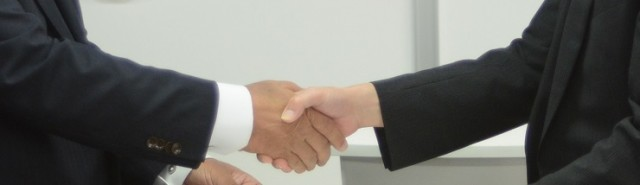 Handshake_01